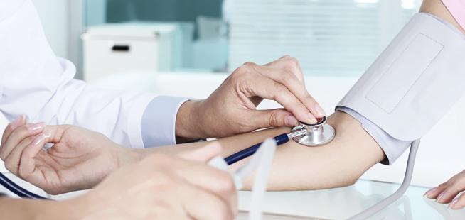 外国人労働者のための無償医療施設
