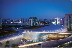 東大門の全く新しい風景、DDPが3月21日にオープン