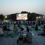 ワールドカップ公園の「真夏の夜のファミリー劇場」で猛暑を吹き飛ばそう