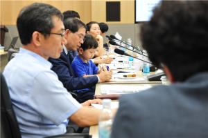 パク・ウォンスン(朴元淳)市長 「マニフェスト約束大賞」で最優秀賞を受賞