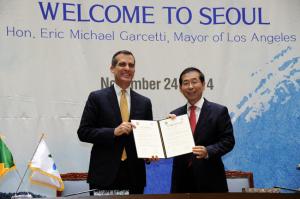ソウル市‐LA市 友好交流協力強化に関する協議書を締結