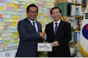 パク・ウォンスン(朴元淳)市長 インドネシア・パンドン市と協議