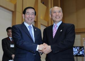 パク市長 都市安全・経済‥「実質外交」日本訪問