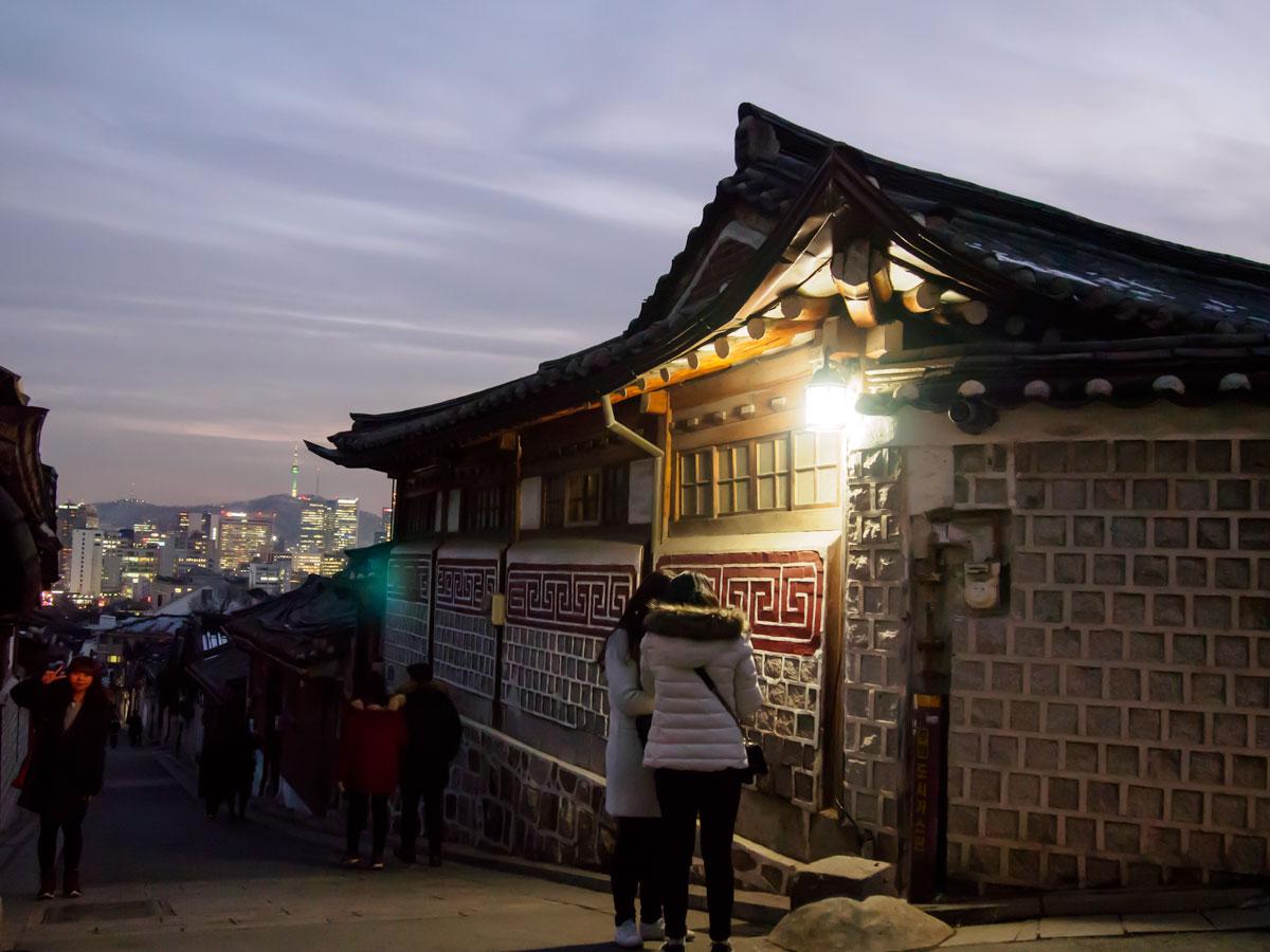 北村韓屋マウルをぶらり散策、夕暮れ時の風景に感動!