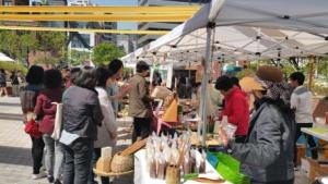 2015年の「都心の中の農夫の市場」の開催は340回