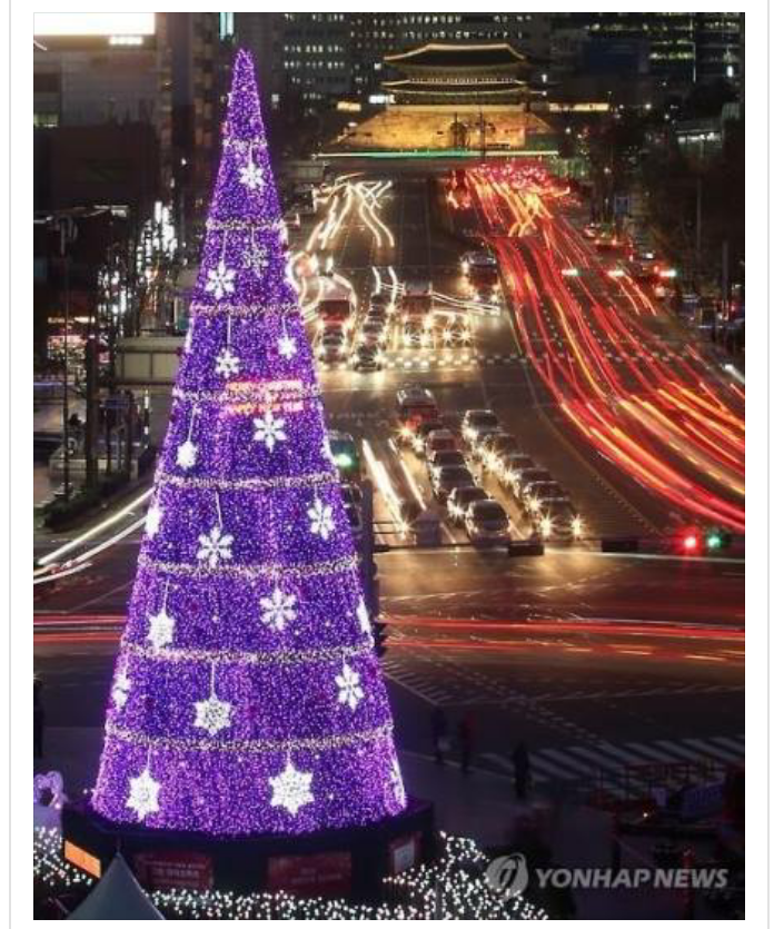 The SeoulSquareChristmas tree