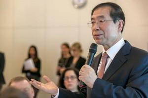 パク・ウォンスン市長、世界最大ブレーンストーミング「ダボス会議」に参加
