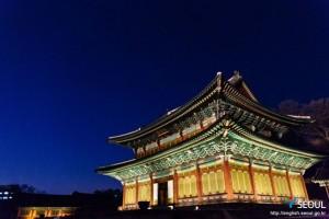 ソウルの古宮の夜間開場ーチャンドックン(昌徳宮)