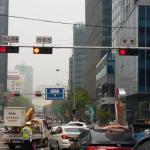 ソウル市、交差点に「バス三色灯」を拡大設置