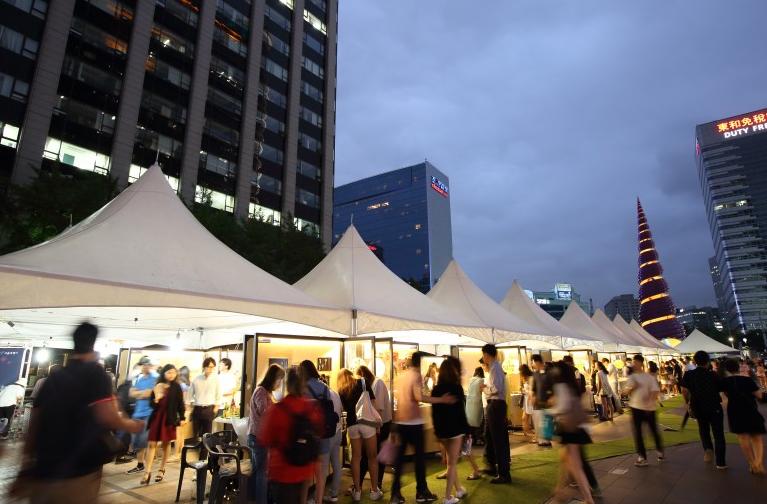 清渓広場シーズンマーケット