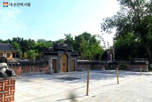 ウズベキスタンのソウル公園に高麗人定着80周年記念碑建設