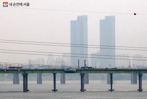 ソウル市、PM2.5・オゾン警報を7分以内に市民に伝達