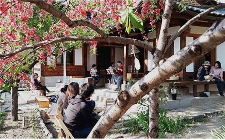 4月のプクチョン(北村)文化の日をお楽しみください!