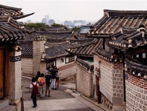 ソウル市、プクチョン・ハノクマウル(北村韓屋村)に観光許容時間の導入を推進