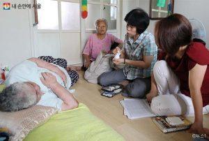 ソウル市、自宅に訪問する「ソウルケア-健康ケア」を韓国で初めて10の区で施行