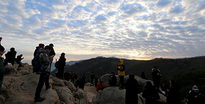 ソウル市内21か所の山と公園で初日の出を迎えましょう!