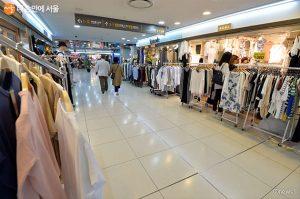 ソウル地下鉄商業施設の6か月間賃貸料を50%引き下げ