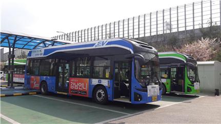ソウル市、大気質改善のために環境にやさしい電気バスを3倍に拡大