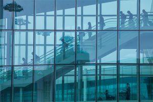 2学期の外国人留学生の保護及び管理方案