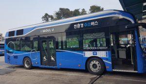 環境にやさしい水素バス、ソウル中心部を走る