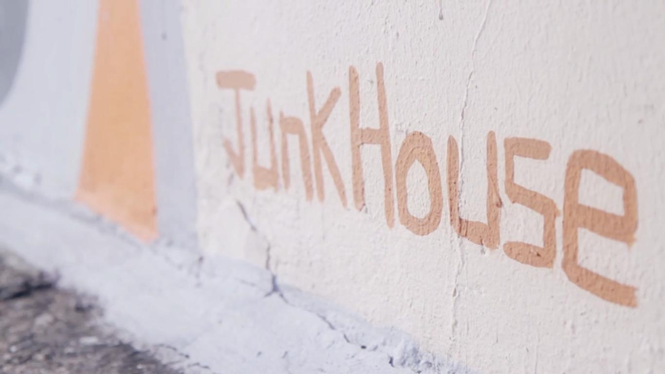 REEBOK INSTAPUMP FURY X SEOULS ARTIST - JUNKHOUSE