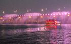 遊覧船に乗ってファンタスティックな花火も見て、漢江を100倍楽しもう