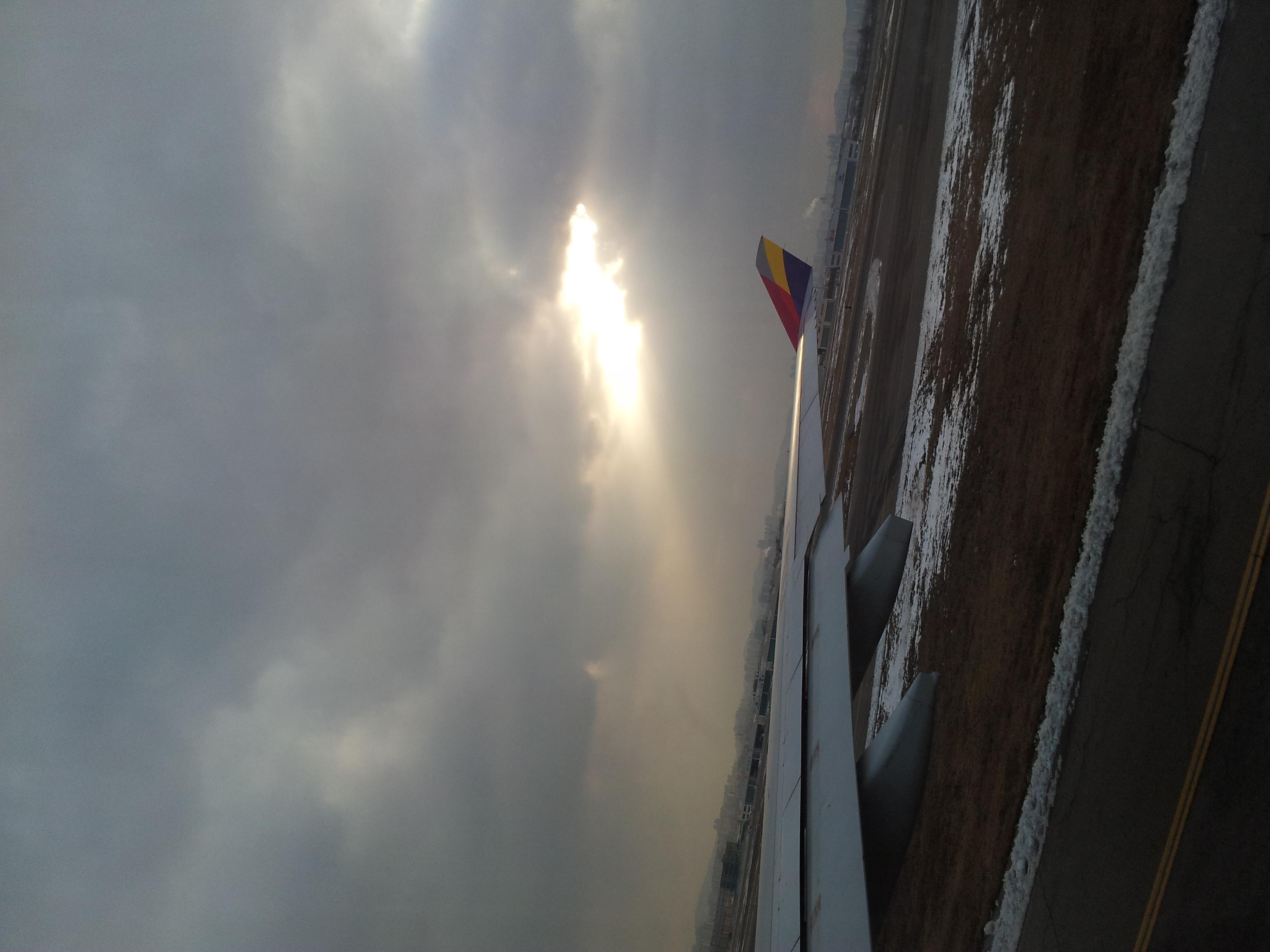 離陸5分前に滑り込み…