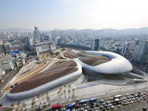 04_panoramic_view_of_dongdaemun_design_plaza_thum
