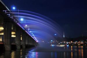 盤浦大橋 月の光・虹の噴水