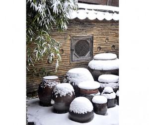 雪の積もったチャントクテ(甕置き場)